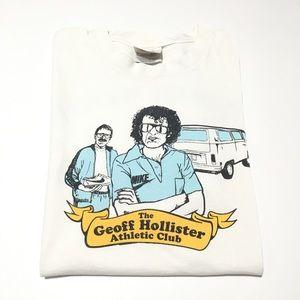 NIKE • Geoff Hollister Athletic Club Rare T-Shirt